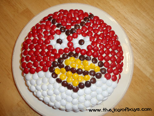 Easy Angry Birds cake