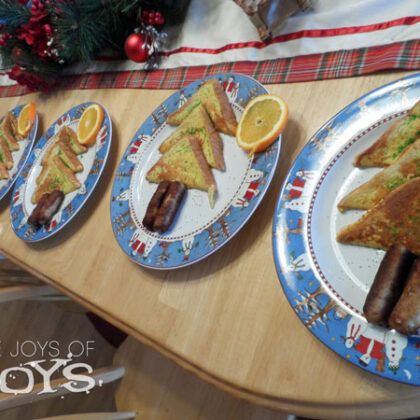Christmas breakfast - Christmas Tree French Toast