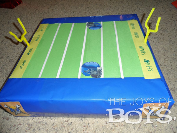 Football Valentine Box - Easy Valentine boxes for boys