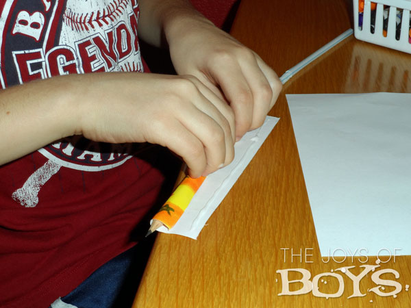 How to make an easy paper rocket