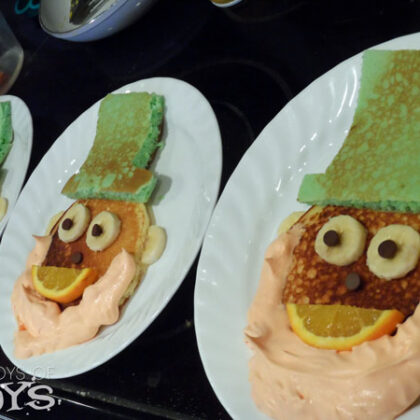 Fun Food : Leprechaun pancakes
