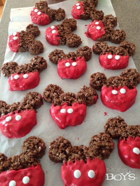 Mickey Mouse Crispy treats
