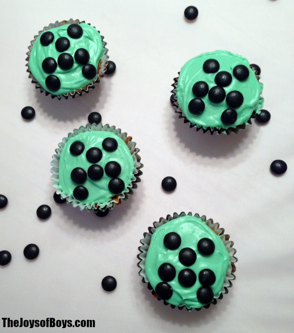 Minecraft Cupcakes Perfect For Birthday Party