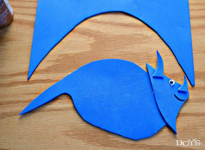 How to make a dinosaur craft