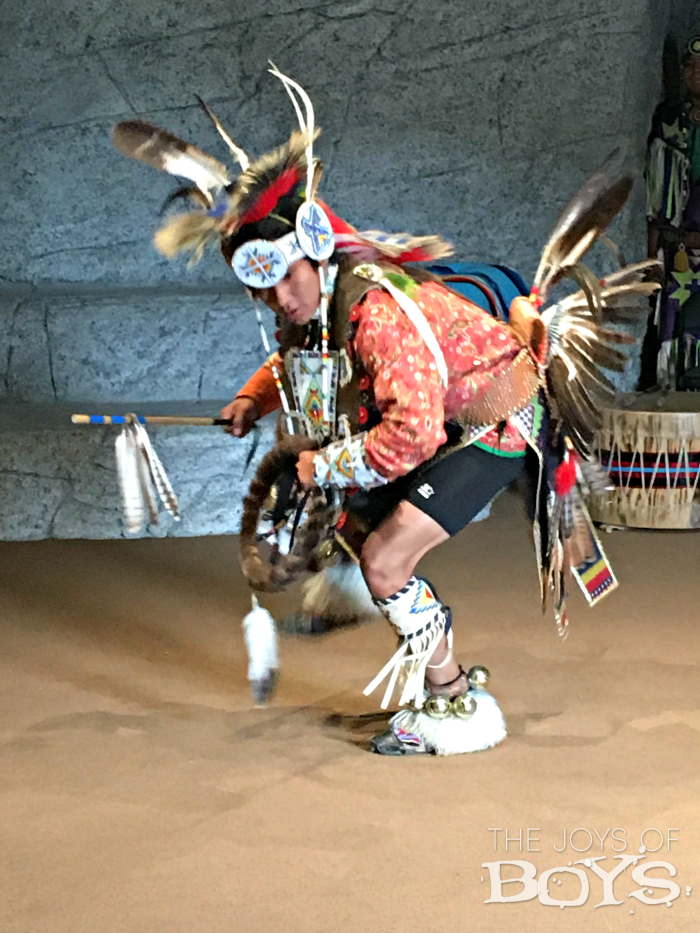 native-american-dancing