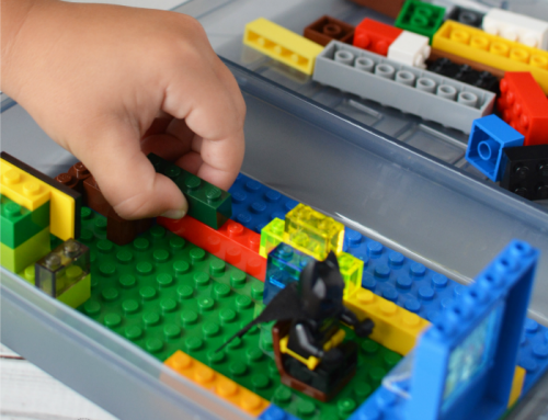 How to Make a Simple LEGO Travel Box