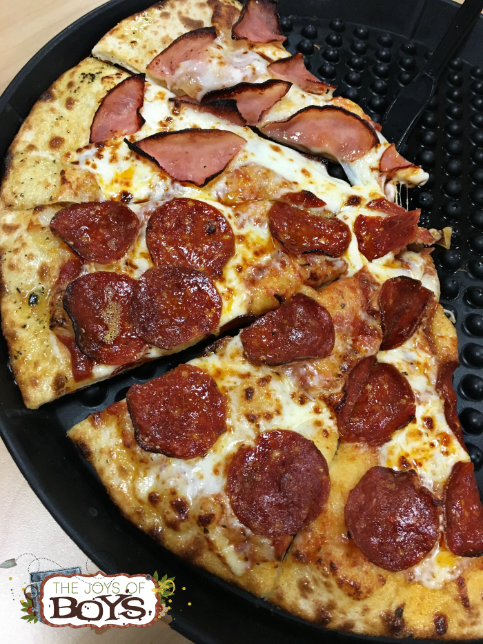 Chuck E. Cheese's Pizza