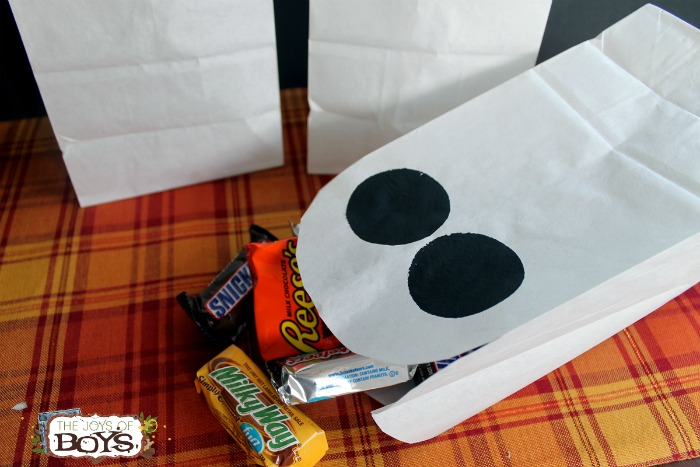 Ghost Treat Bags for Halloween Goodies